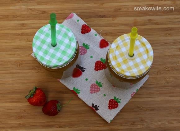 smoothie owocowe z sałatą i ogórkiem