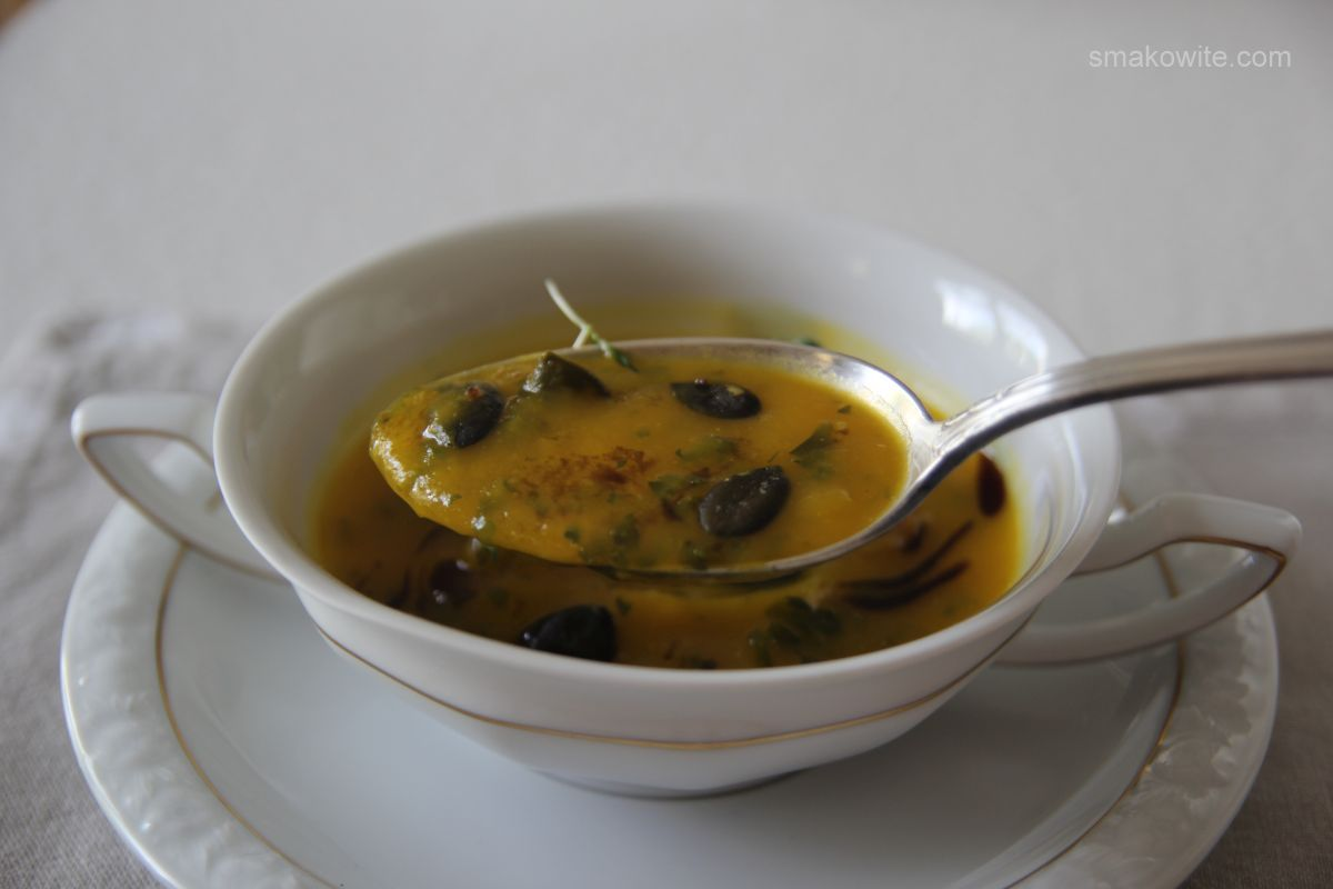 zupa z dyni z pestkami dyni