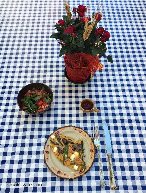 omlet ze szparagami