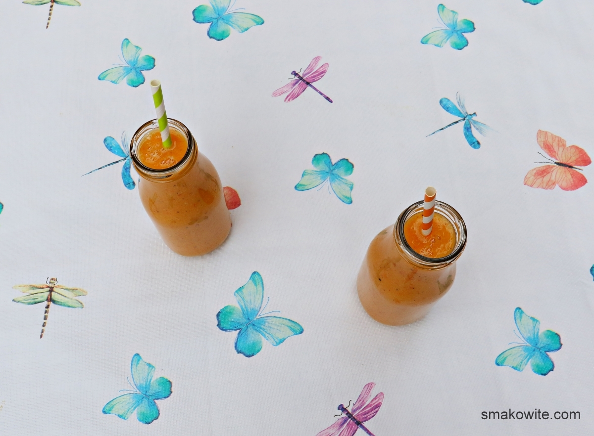 koktajl owocowy z morelami i imbirem